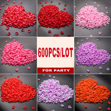 600pcs/lot 5*5 Rose Flower Petals Wedding Accessories Marriage Wedding Rose Petals Romantic Artificial Flower Party Decoraiton(China)