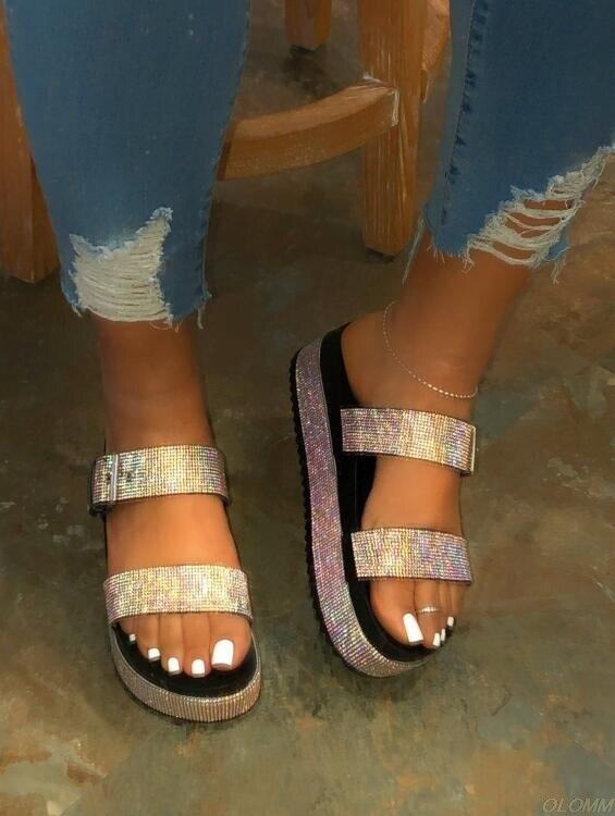Outside Wild Beach Slippers Ladies Leisure Home Travel Flip Flop Spring/summer 2020 Women Double-layer Rhinestone Buckle Sandals
