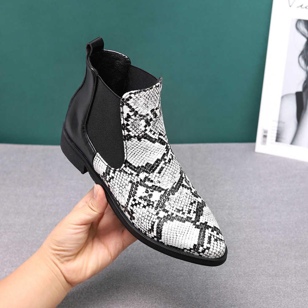 Sonbahar kış sıcak kadınlar yarım çizmeler kare yüksek topuklu deri çizmeler sivri burun martin çizmeler rahat pompalar boyutu 34-44