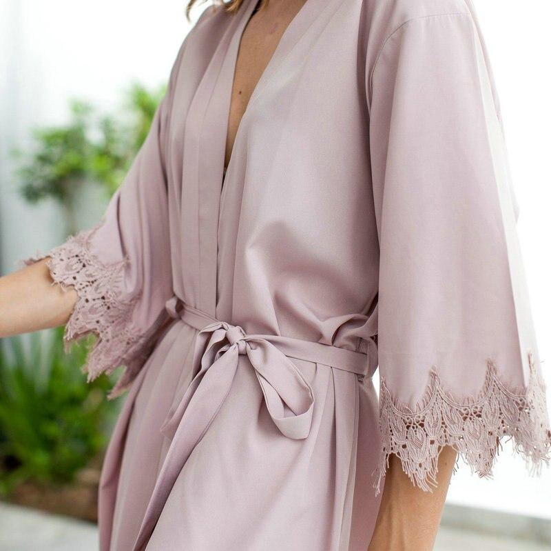 YUXINBRIDAL 2019 New Matt Satin Lace Robe With Trim Gown Bridal Wedding Bride Robes Bridesmaid Kimono Robe Bridesmaid Robe