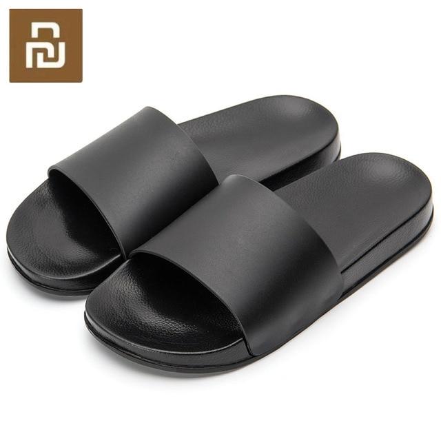 Nouveau Mijia One Cloud hommes pantoufles noir et blanc chaussures antidérapantes diapositives salle de bain été Style décontracté semelle souple tongs