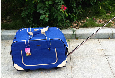 M8 Pet Trolley Folding Four wheeled Dog Trolley Box Cat Suitcase Bag Breathable Closed Lever Panoramic Super Breathable - 4