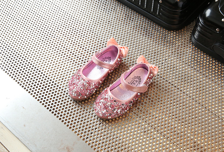 2020 New Children Princess Glitter Sandals Kids Girls Soft Shoes Non-slip Low-heeled Dress Party Shoes Pink /Silver/Gold