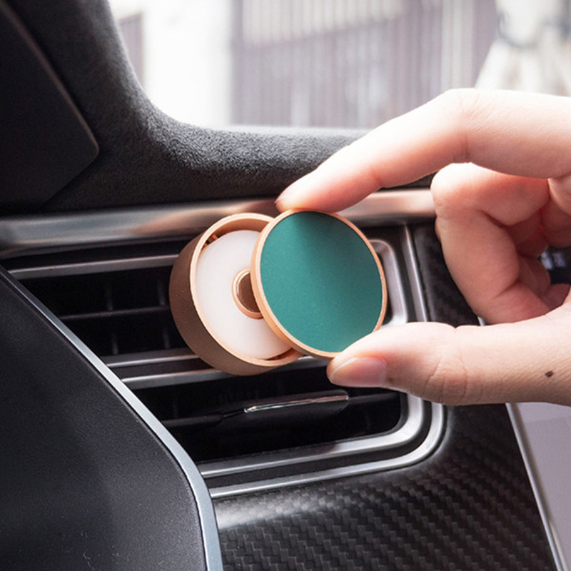 Cross Border New Products Daily Lab Car Mounted Fragrance Long-lasting Light Fragrance Air Outlet Clip-on Magnetic Sucker Automo