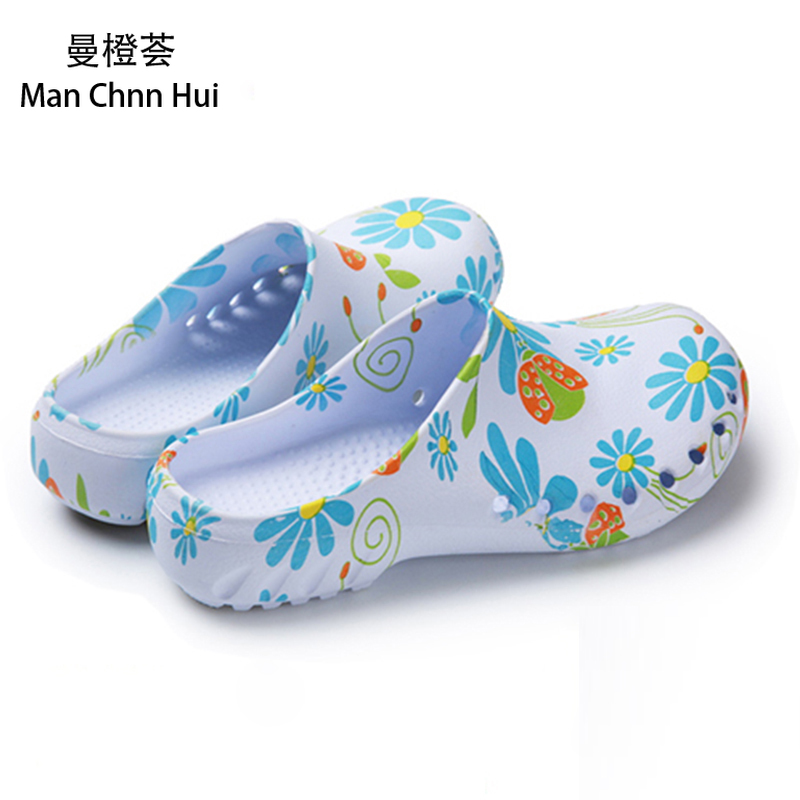 Summer Medical Surgical Shoes Nursing Clogs Operating Room Cleaning Shoes Medical Slippers Blue Print Non-slip Nurses Clogs