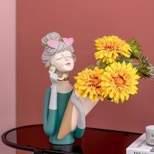 Nordic Ins Creative Resin Bouquet Girl Vase Sculpture Ornaments Home Living Room Flower Arrangement Container Girl
