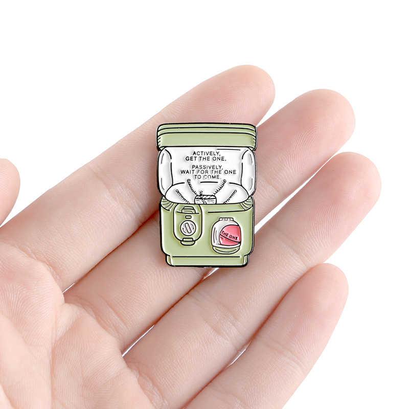 Gashapon machines Pin Doll Capsule детская игра необычная брошь любителей игр мягкий штифт эмали Нагрудный значок на булавке для женщин и мужчин