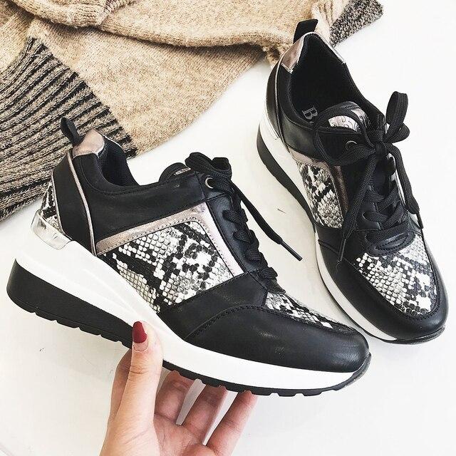 2020 نساء ليوبارد أحذية رياضية شتاء الخريف منصة أسافين أحذية السيدات موضة الأفعى نمط غير رسمي