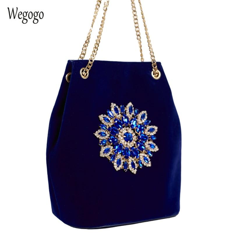 2020 New Velet Diamond Bucket Bag Women Shoulder Bag Female Crystal Floral Chain Bags Velour Embroidery Diamond Ladies Handbag