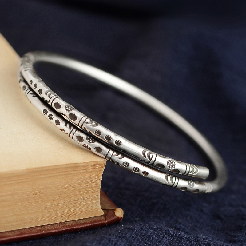 925 Bracelet en argent Sterling fait à la main en argent littéraire et Art faisant vieux Simple solide sculpté ouverture Fine anneau Style dame