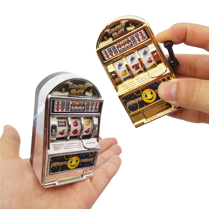 Kids Toy Board Game Console Mini Fruit Slot Machine Hand Crank Lucky Jackpot Handheld Funny Gift Picnic Kids Educational Toys