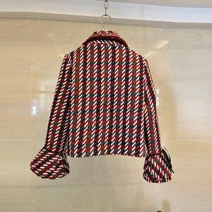 Image 3 - 2019 otoño Plaid Tweed 2 piezas conjunto invierno mujeres elegante Flare manga perla botón chaqueta abrigo + alta cintura lana mini falda trajes