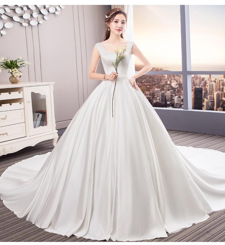 Vintage Royal Satin Wedding Dresses Elegant A-line Scoop Wedding Gown 2019 Sweep Train Robe De Marriage