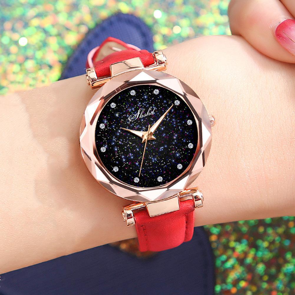New Luxury Rhinestone Index Starry Sky Round Dial Faux Leather Band Lady Quartz Wrist Watch Fashion Woman Watch