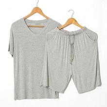 夏モーダルパジャマを設定します半袖tシャツショーツパジャマメンズカジュアルセット2ピースvネック無地ホーム服