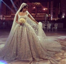 Luxury Vintage Arabic Dubai Wedding Dresses 2020 Beaded Pearls Appliques  Flowers Bridal Gowns vestidos de noiva