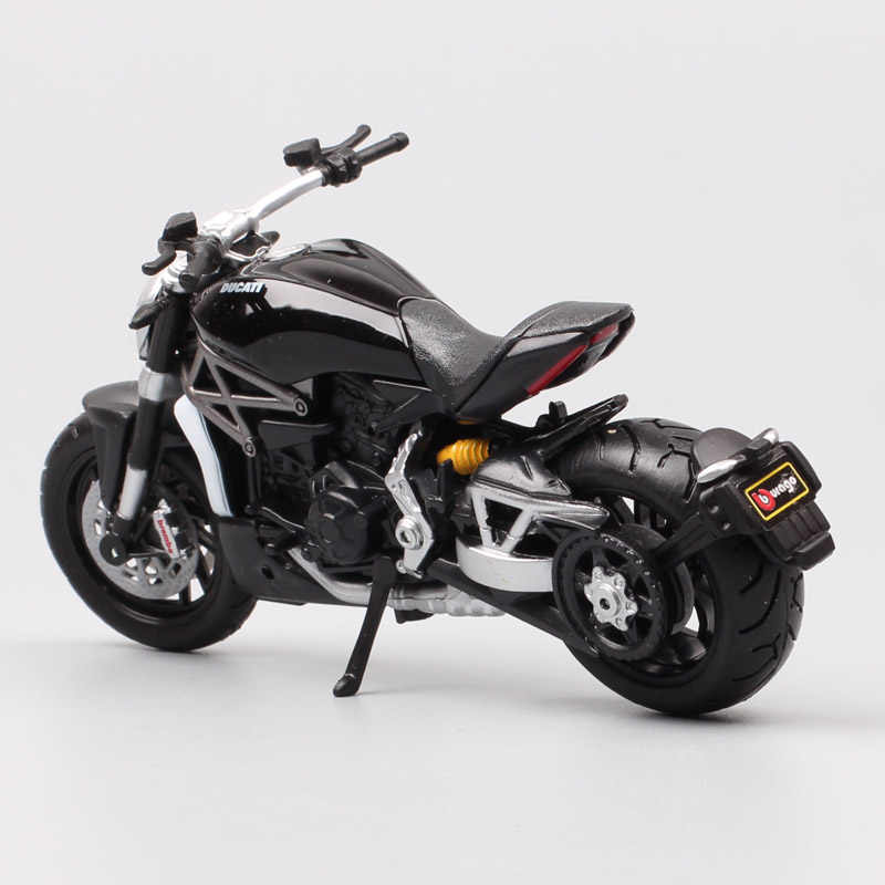 1/18 مقياس bburago 2016 دوكاتي Xdiavel S كروزر للدراجات النارية diavel دراجة دييكاست نموذج لعب مصغرة سباق الاطفال لجمع