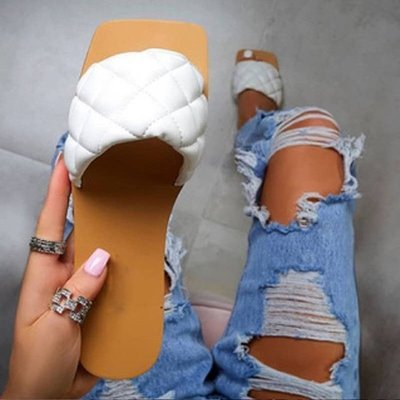 Slippers Fashion Sandals Diamond Flat-Heeled Square-Toed Personality Wild Fragrance Small