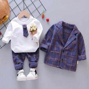 Image 1 - ילד תינוק ילד משובץ חליפת סטי בגדי אופנה 3PCS פעוט בנות תינוק חליפת מעיל + T חולצה + מכנסיים 1 4 Y