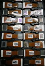 Orijinal ve yeni LCD panel LCX111AAK7 LCX124BBJ6 LCX094 LCX101 LCX111 LCX124 serisi projektör LCD panel kurulu