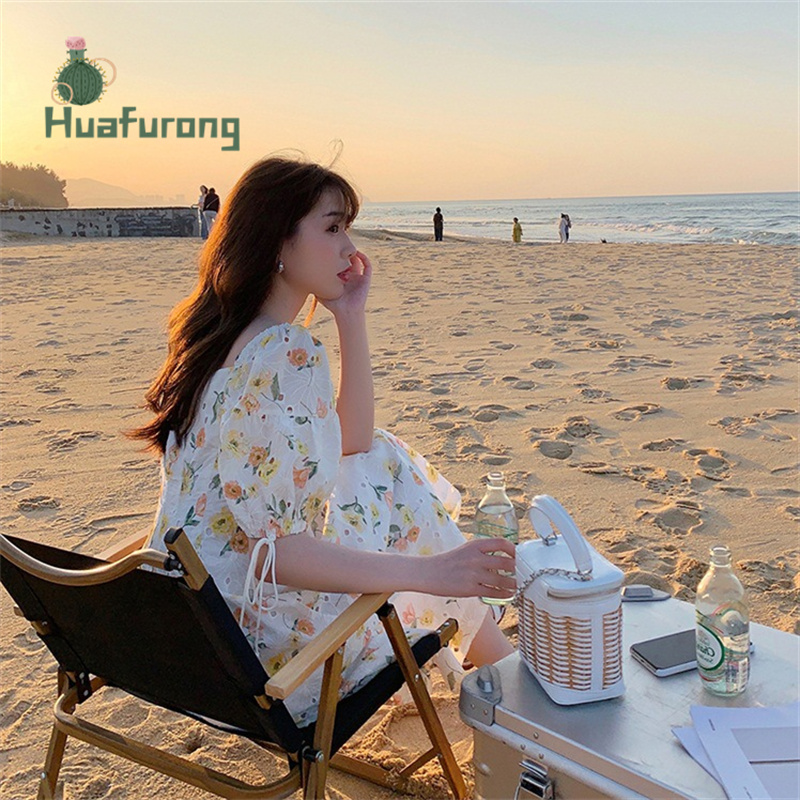 Hollow Embroidery Square-Neck Dress Floral female Summer 2021 New French High-waist Puff Sleeve Front With Buttons 3