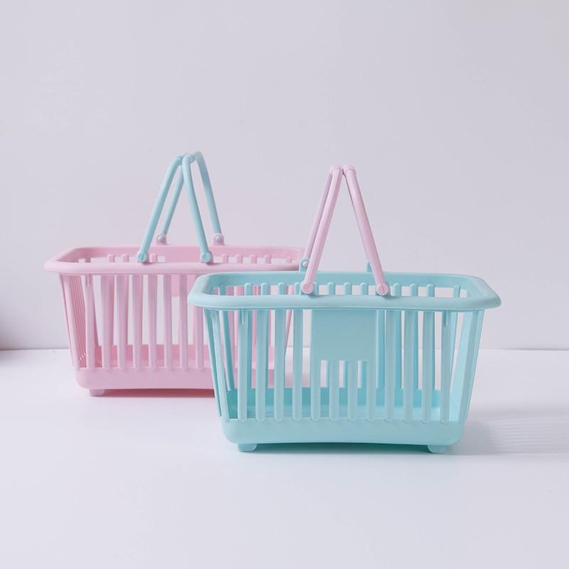 Bath basket and multi-functional plastic basket portable toys receive fruit basket basket bathroom storage basket