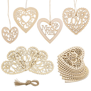 10pcs Wood Weddings Ornament Love Heart Hanging Ornament Wooden Mr Mrs Rustic Wedding Decoration