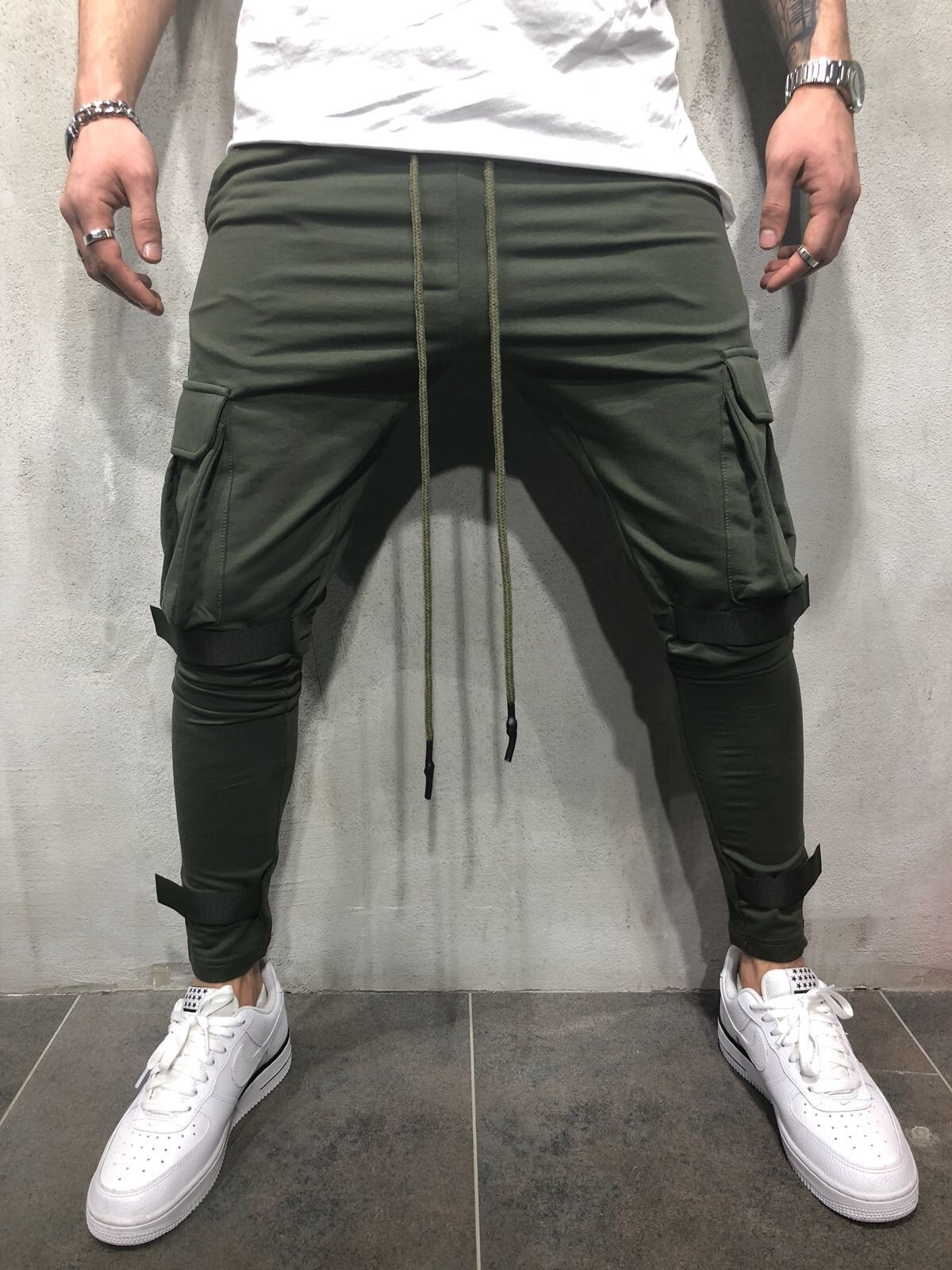 Spring And Autumn New Style Large Pocket Fitness Drawstring Top Skinny Pants Velcro Slim Fit Gymnastic Pants Men's