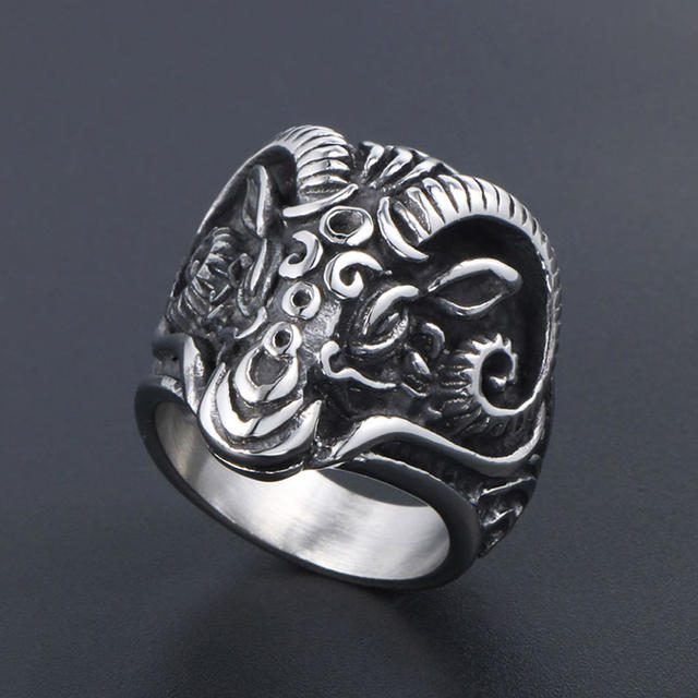 STAINLESS STEEL VINTAGE GOTHIC SHEEP RING