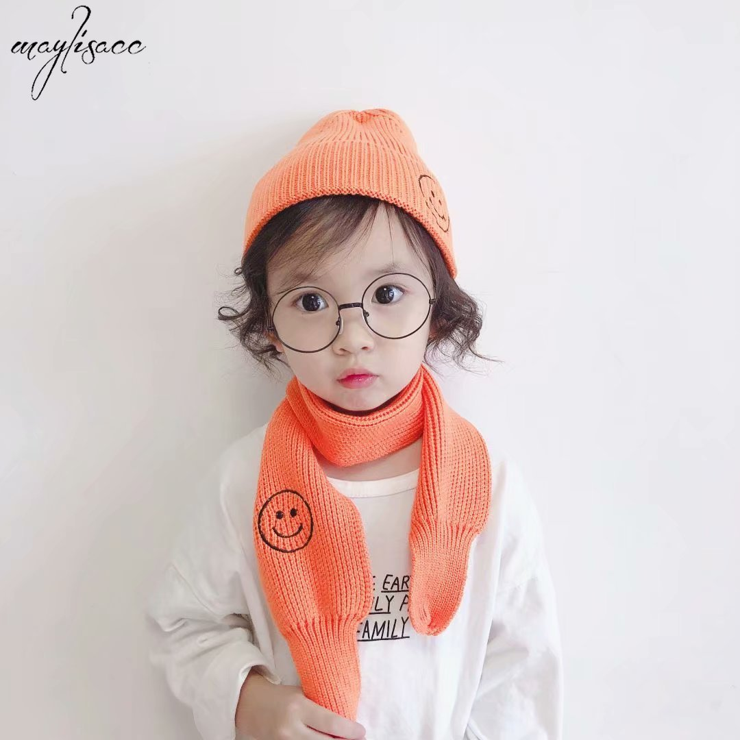 Children's Acrylic Hat Scarf 2 Pcs Set Autumn And Winter Baby Warm Knitted Hat Cap Smiling Face Boys Girls Hat And Scarf Set