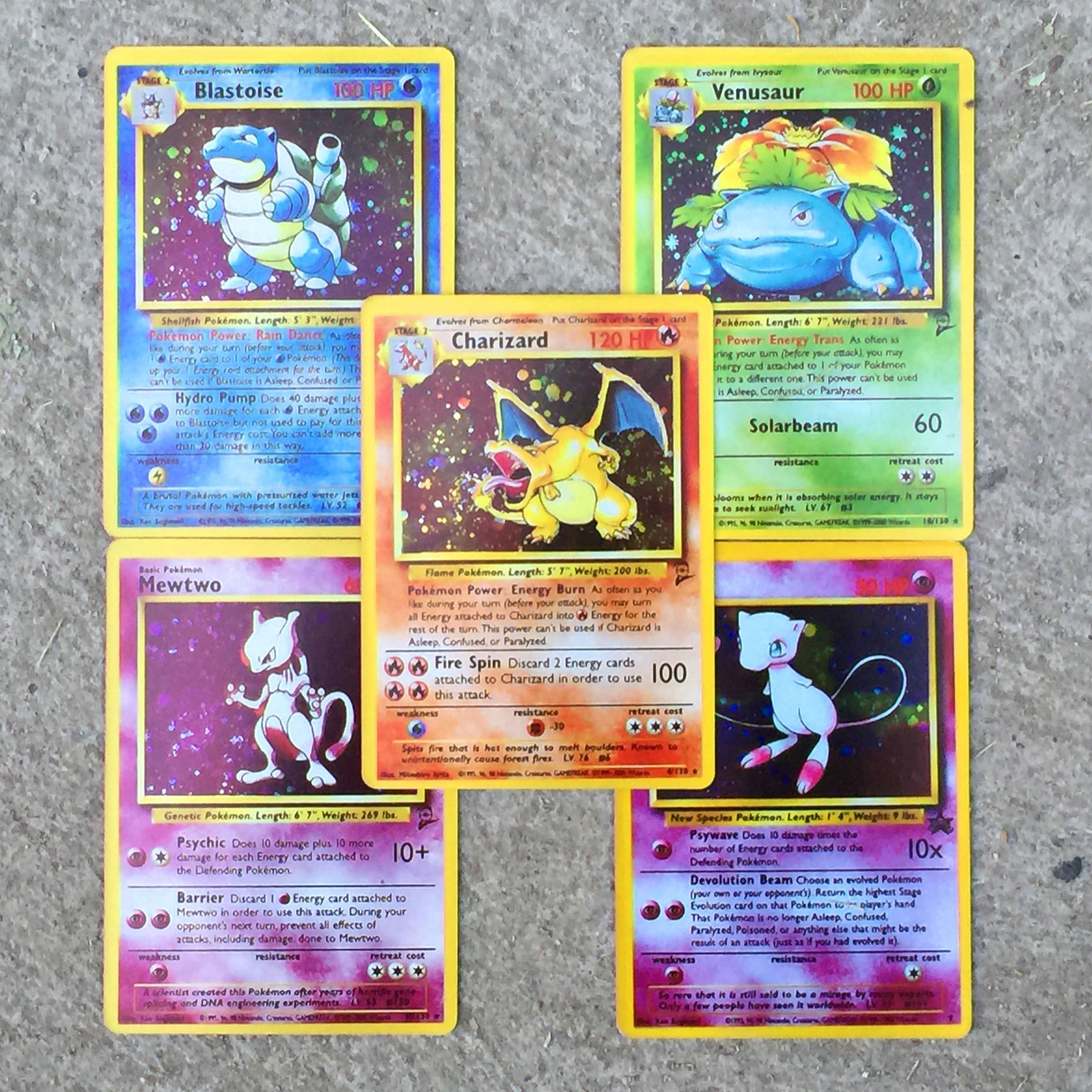 TAKARA TOMY  The First Generation Of Flash CARDS, Fire-breathing Dragon, Pokemon CARDS, Children's Desktop Versus Toys
