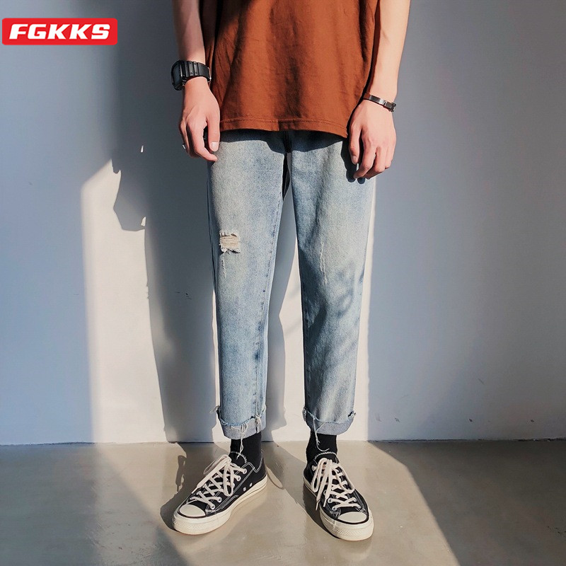 FGKKS Fashion Brand Men Hole Jeans Summer High Street Men's Comfortable Casual Ankle-Length Pants Retro Wild Straight Jeans Male