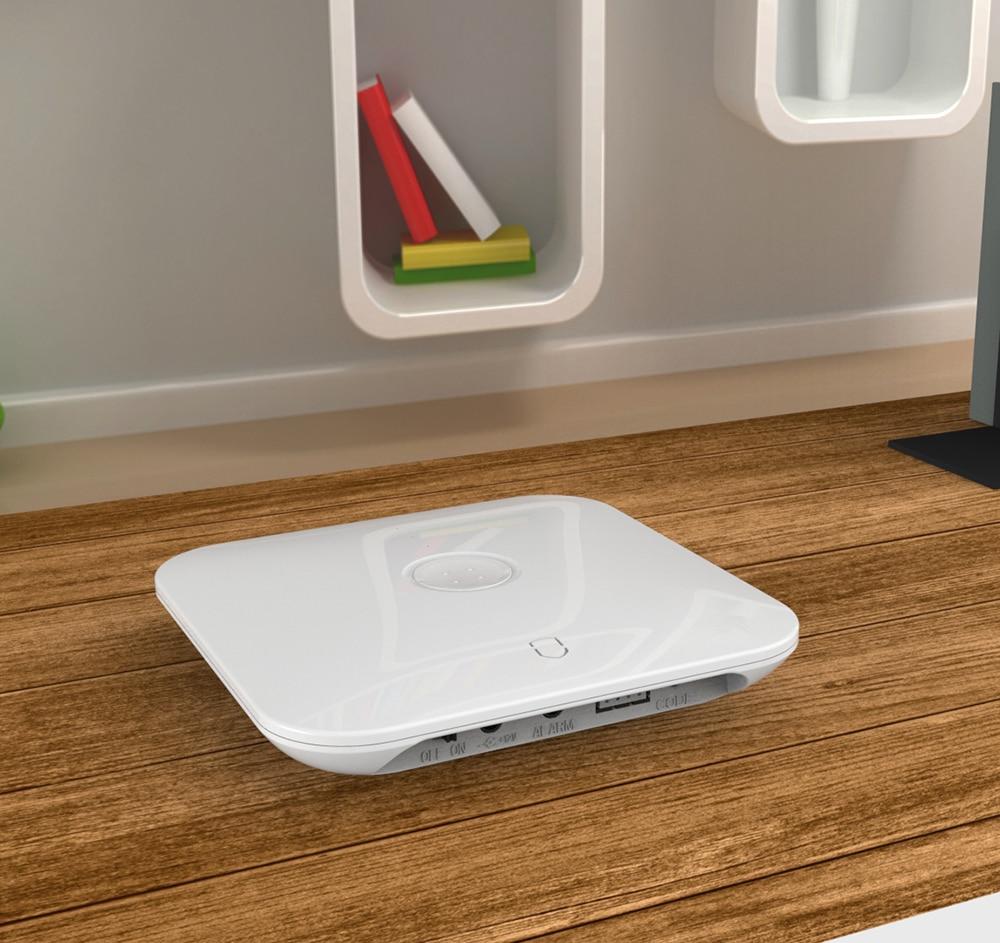 Купить с кэшбэком Wolf-Guard DIY Smart 2.4G Wifi Home Security Alarm Burglar System Door Sensor PIR Motion Detector 433MHZ House Safety Kit