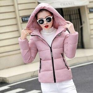 Image 2 - Winter Parkas Women 2020 jesień Plus rozmiar 5XL kurtka gruby kaptur ciepła krótka odzież wierzchnia kobieta cienka bawełna wyściełana top prosty ZH084