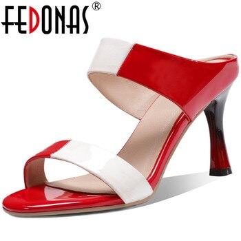 Sandali da donna in vernice 2020, tacchi alti moda estate, scarpe basse da donna nuovo arrivo - Women Sandals Patent Leather 2020, Summer Fashion High Heels, New Arrival Women Shallow Shoes 1