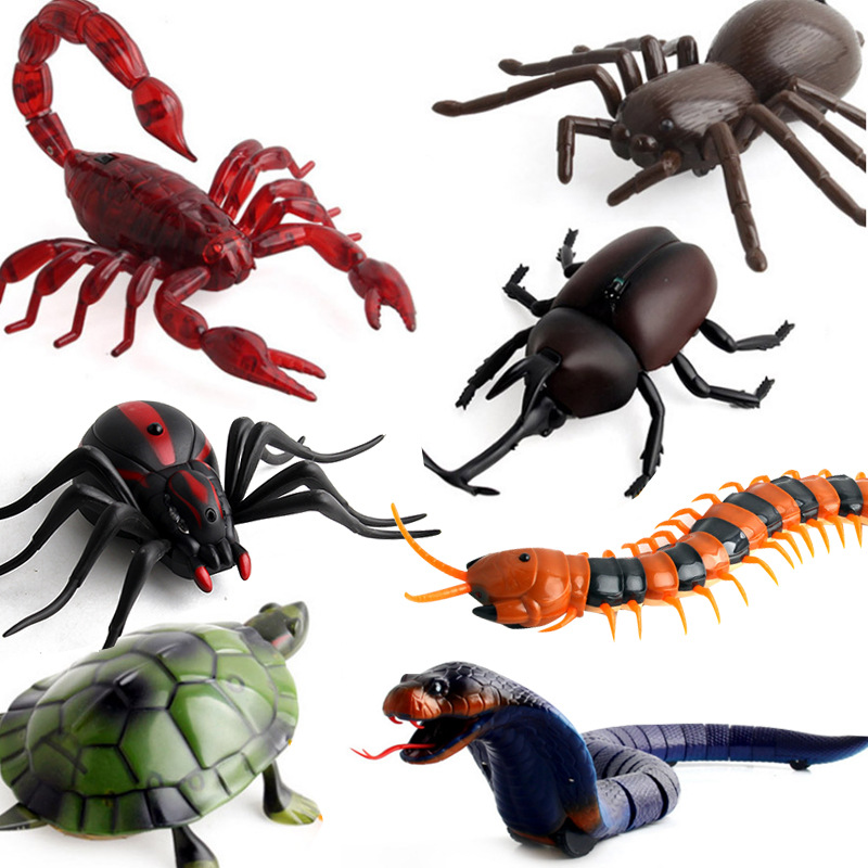 3D Spider Cockroach Insects Creative Fake Snake RC Toy Prank Insects Joke Scary Trick Bugs Remote Control Mock Props Xmas Gifts