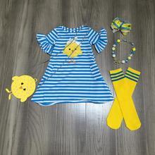 Paskalya bahar bebek kız kıyafetler elbise mavi civciv şerit pamuk süt ipek elbise diz boyu maç çorap yay kolye ve çanta