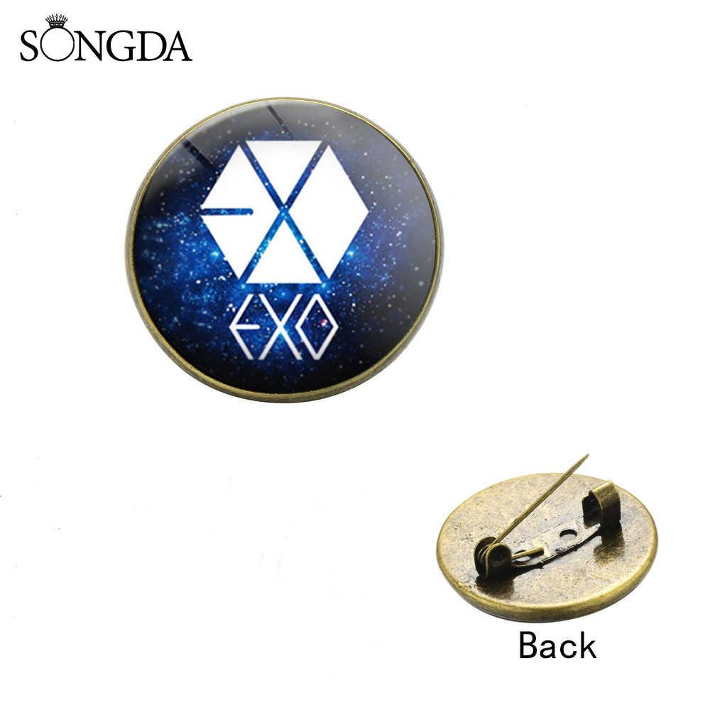 Nowe mody KPOP EXO Logo broszki Harajuku EXO gwiaździsty wzór nieba odznaki na plecak kapelusz szpilki do ubrań broszka fani pamiątki