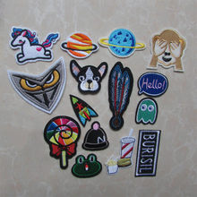 fashion cartoon Patches for Clothing Iron on Embroidered Sew Applique Cute Patch Fabric Badge Garment DIY Apparel Accessories(China)