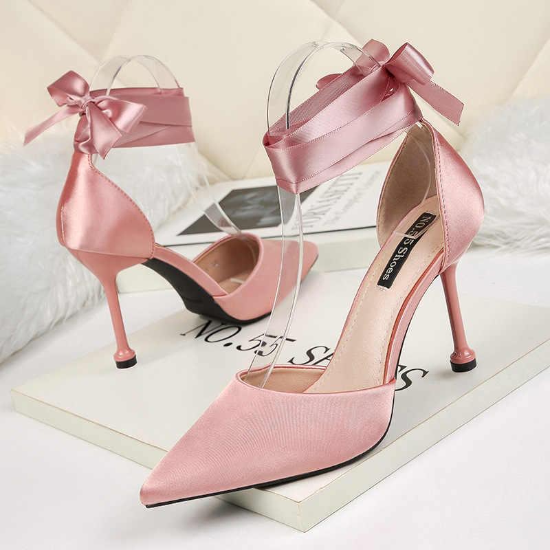 2019 novos sapatos femininos moda apontou boca rasa saltos altos sexy cetim sapatos femininos stiletto.