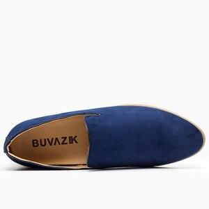 Image 2 - حذاء رجالي جديد موضة 2018 من جلد الغزال بدون كعب حذاء أكسفورد للرجال غير رسمي حذاء رجالي بمقدمة مدببة
