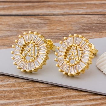 Fashion 26 Initial Letter Earrings Personalized Gift for Women Cute Alphabet AAA Cubic Zirconia Gold Stud Earrings Jewelry