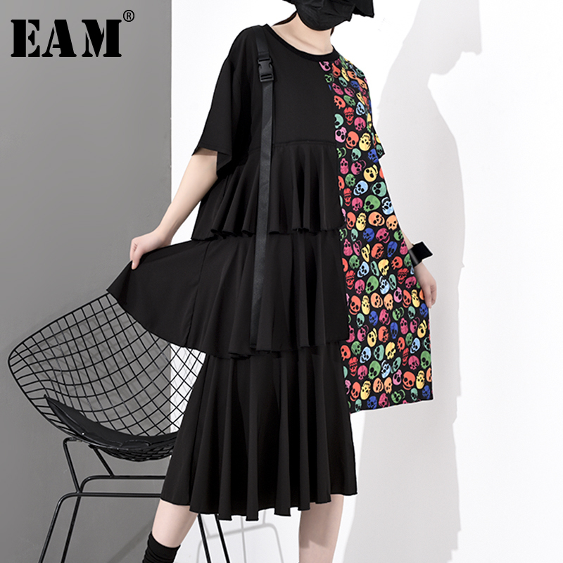 [EAM] Women Black Pattern Printed Pleated Big Size Dress New Round Neck Short Sleeve Loose Fit Fashion Spring Summer 2020 1S041