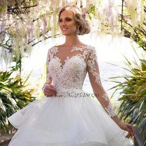 Image 4 - Liyuke Ruffles bir çizgi düğün elbisesi prenses uzun kollu Backless gelinlik
