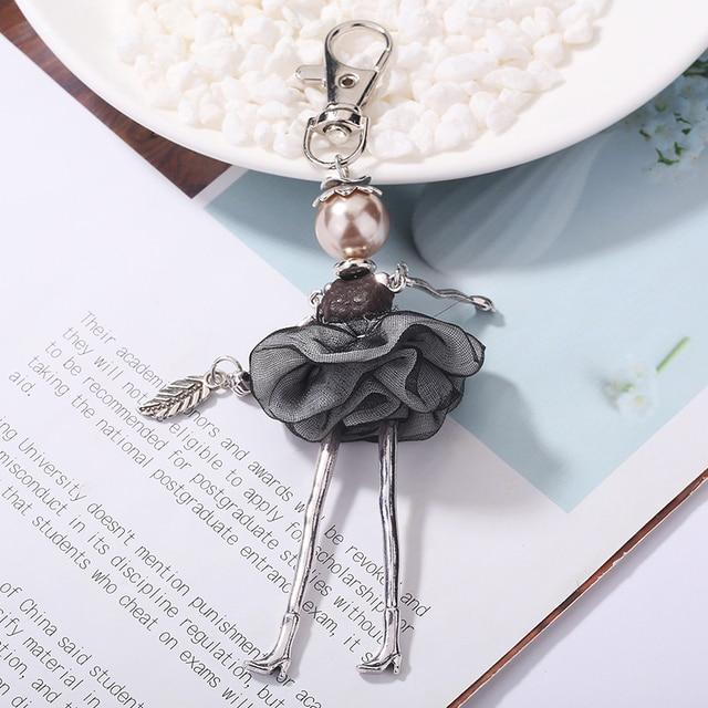 Marca ylwhjj nueva bolsa de muñecas para mujer llavero lindo llavero para coche joyería de moda para niñas múltiples colores para elegir