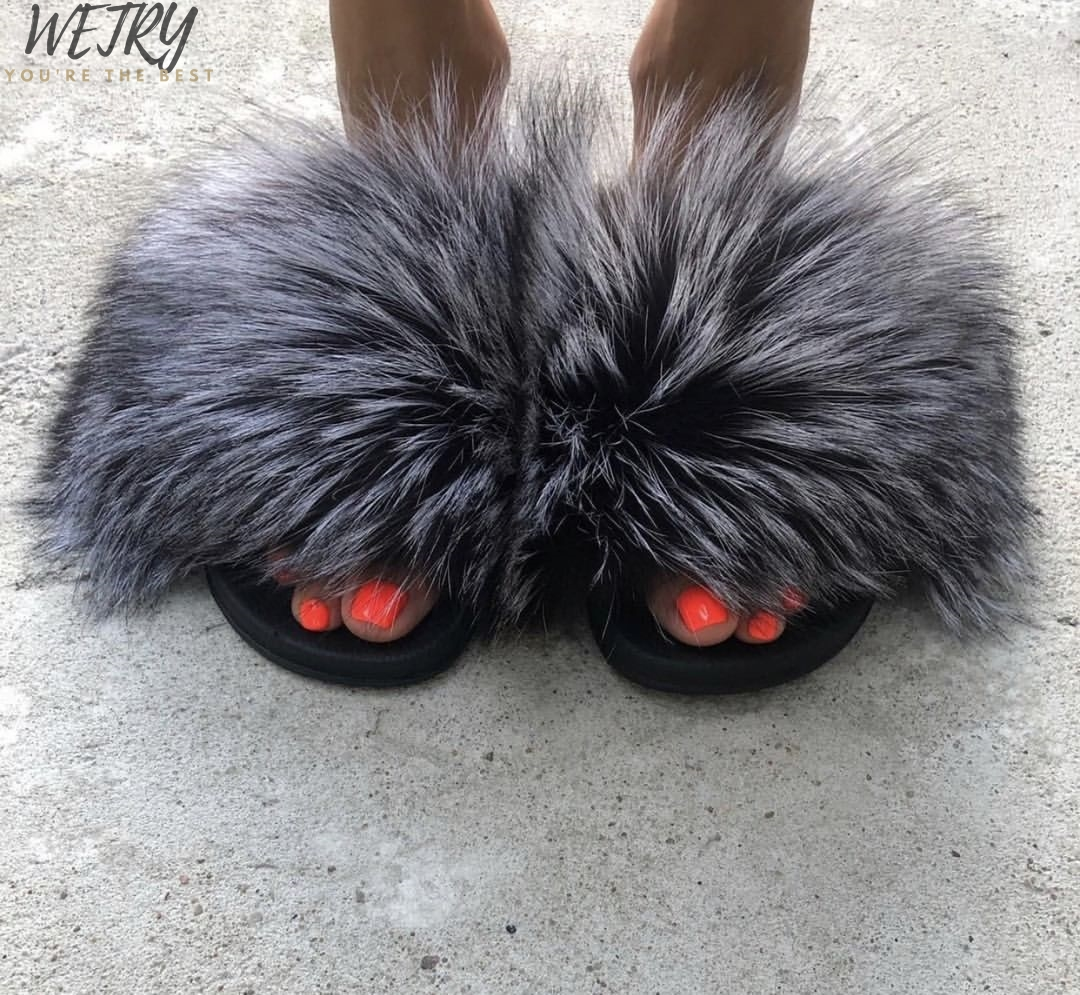 IN 2020 Luxury Real Fur Slippers Fur  Slides  Beach Slippers Sandals Female Cute Fluffy  Woman Indoor Outdoor Lady Slipper