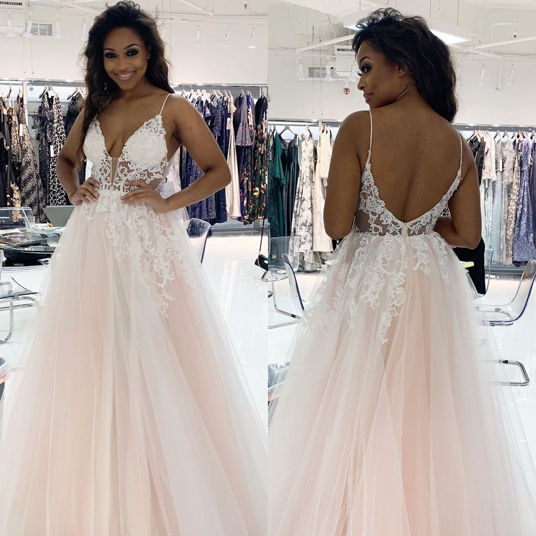 Sexy Spaghetti Straps   Evening     Dress   Tulle A-line Women Prom Gown with Appliques robe de soiree