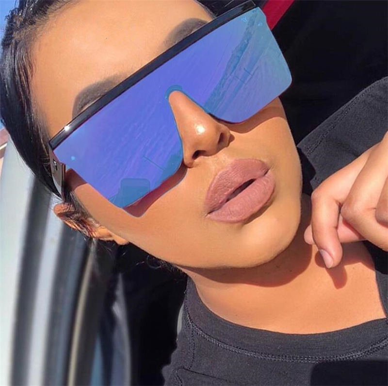 2021 Oversized Sunglasses Women Big Frame Square Flat Top Rivet Gradient Lens Sun Glasses Female Men Vintage Mirror Shades UV400
