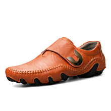 Mens Shoes Flat Man Driving Handmade Genuine Leather Casual Fashion Designer Moccasins Loafers