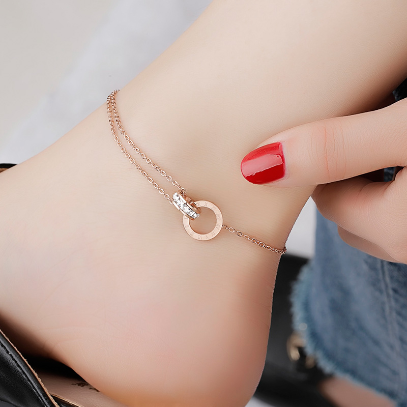 High Quality 18KGP Rose Gold Color Anklet Double Circle Chain Roman Numerals Letter Woman 316L Titanium Steel Jewelry (A001)